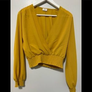 ▫️Mustard Wilfred Reign Cropped Wrap Blouse▫️